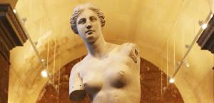 Venus-de-Milo-Louvre